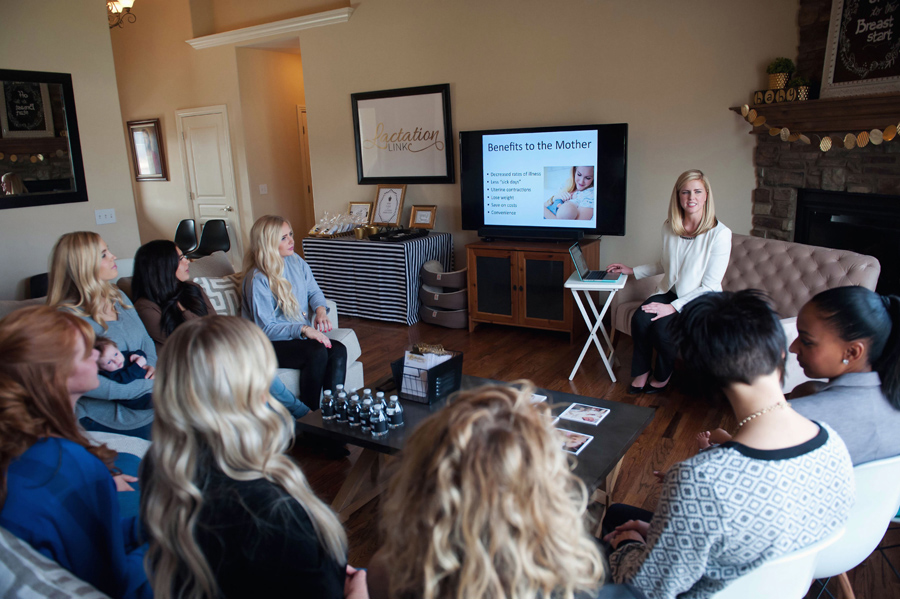 lactation consultant presenting information to mothers