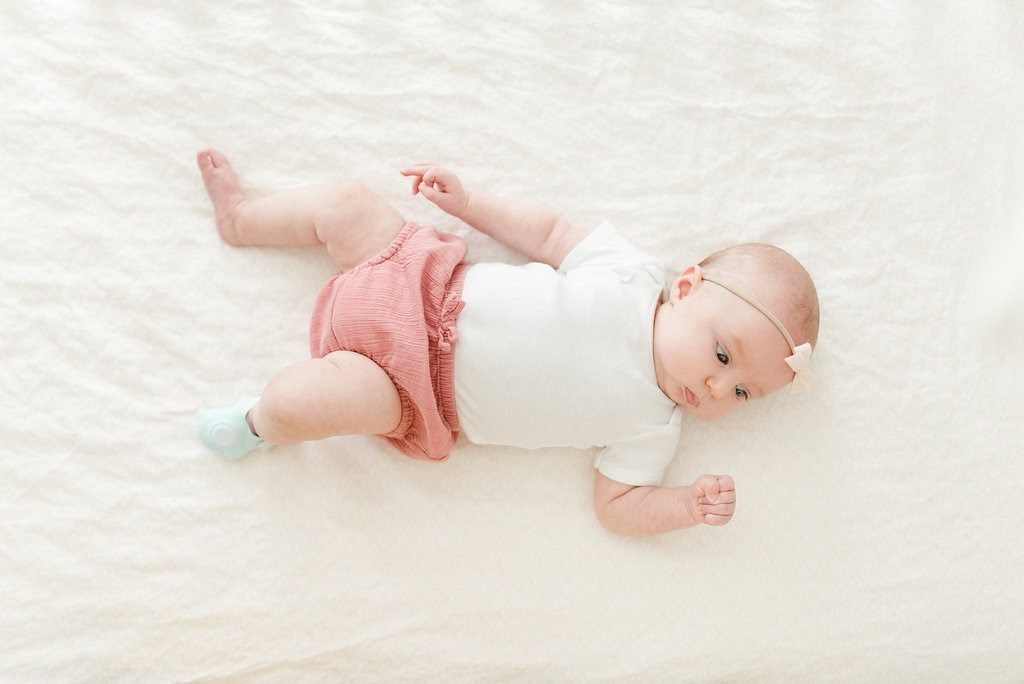 Is new parenthood stressing you out? Don't you worry, mama we've got your covered! Scroll down to read our 5 best tips for safe infant sleep with the Owlet. | Lactation Link
