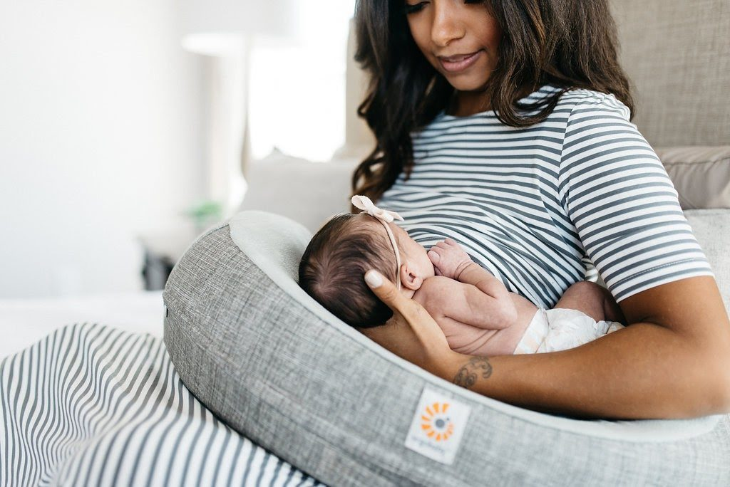 top 3 tips for successful breastfeeding after a c-section via lactationlink.com