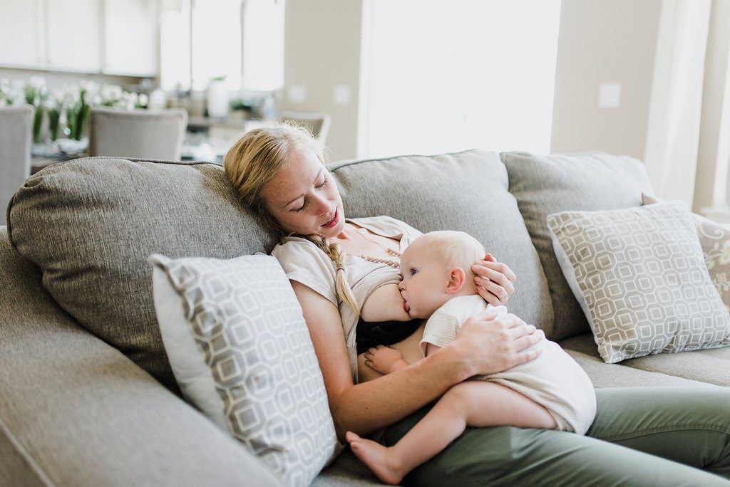 How to relieve breast pain while breastfeeding via lactationlink.com