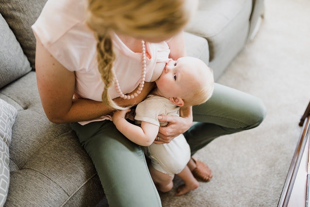 Breastfeeding Positions: Pros and Cons via lactationlink.com