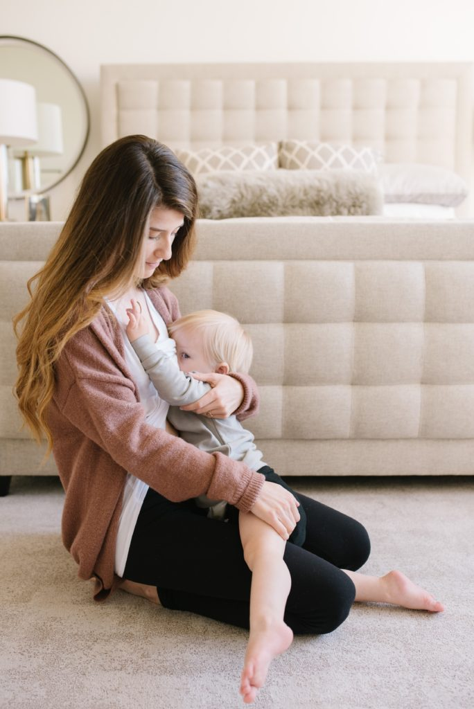 Can I breastfeed if I want to exercise? via lactationlink.com